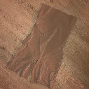 Donna Karan Shape Wear (Unused & Unworn)